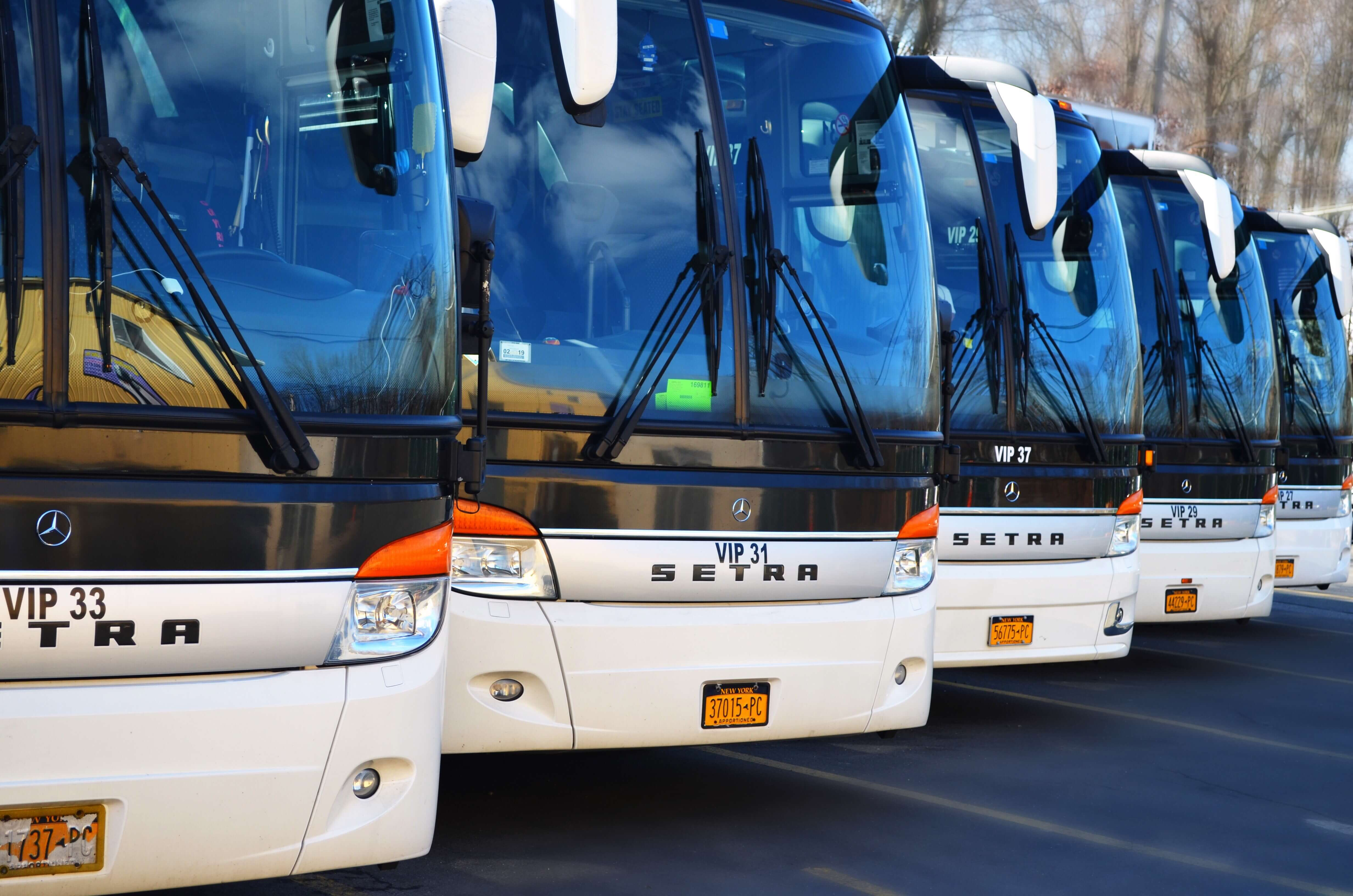 United CoachLine Luxury Transportation New York City Bus Charter - Do charter buses have bathrooms
